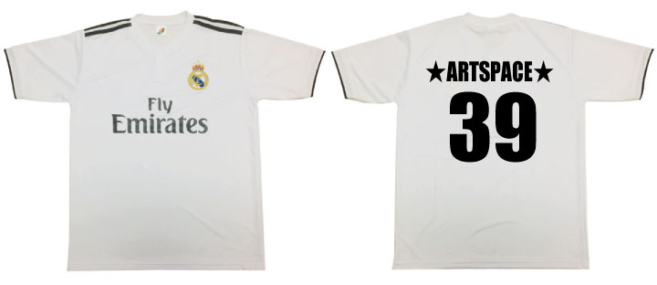 人気サッカーTシャツ背番号名前